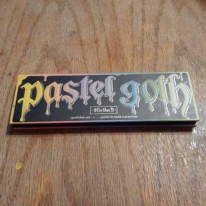 Pastel goth kat von d eyeshadow palette